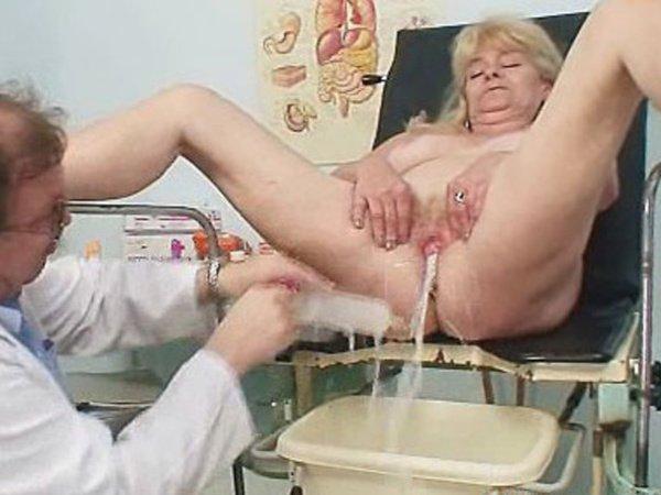 клизма для старушки порно - 12